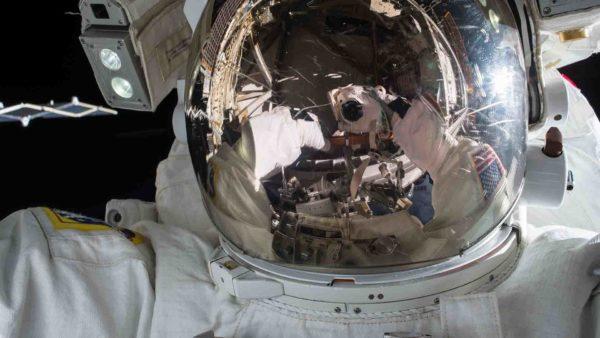 Ascensores no solo para vagos: valdrán también para acercarnos a la Luna