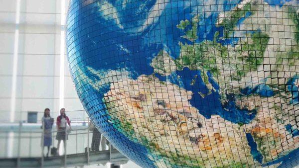 ¿Vivir al ritmo de Europa? Necesitaríamos 2,8 planetas