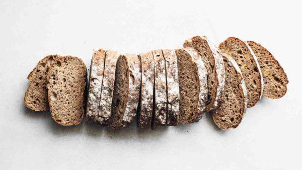 Menos cantidad y más calidad: la industria del pan en cifras