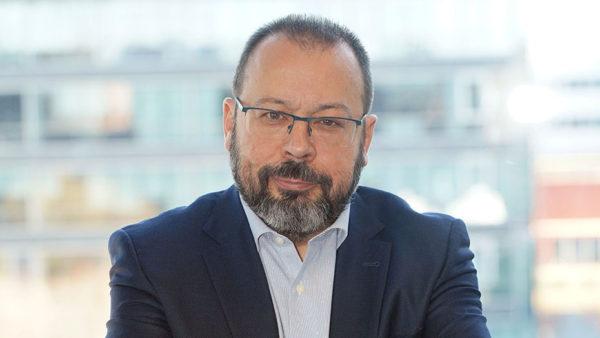 """César Hernández (Agencia Española de Medicamentos): """"Dar respuesta a esta situación requiere flexibilidad"""""""